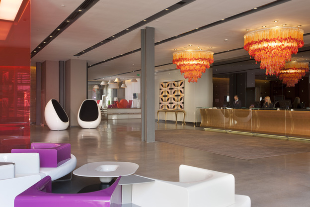Review nhow hotel milan by andy mossack tripreporter for Design hotel milano