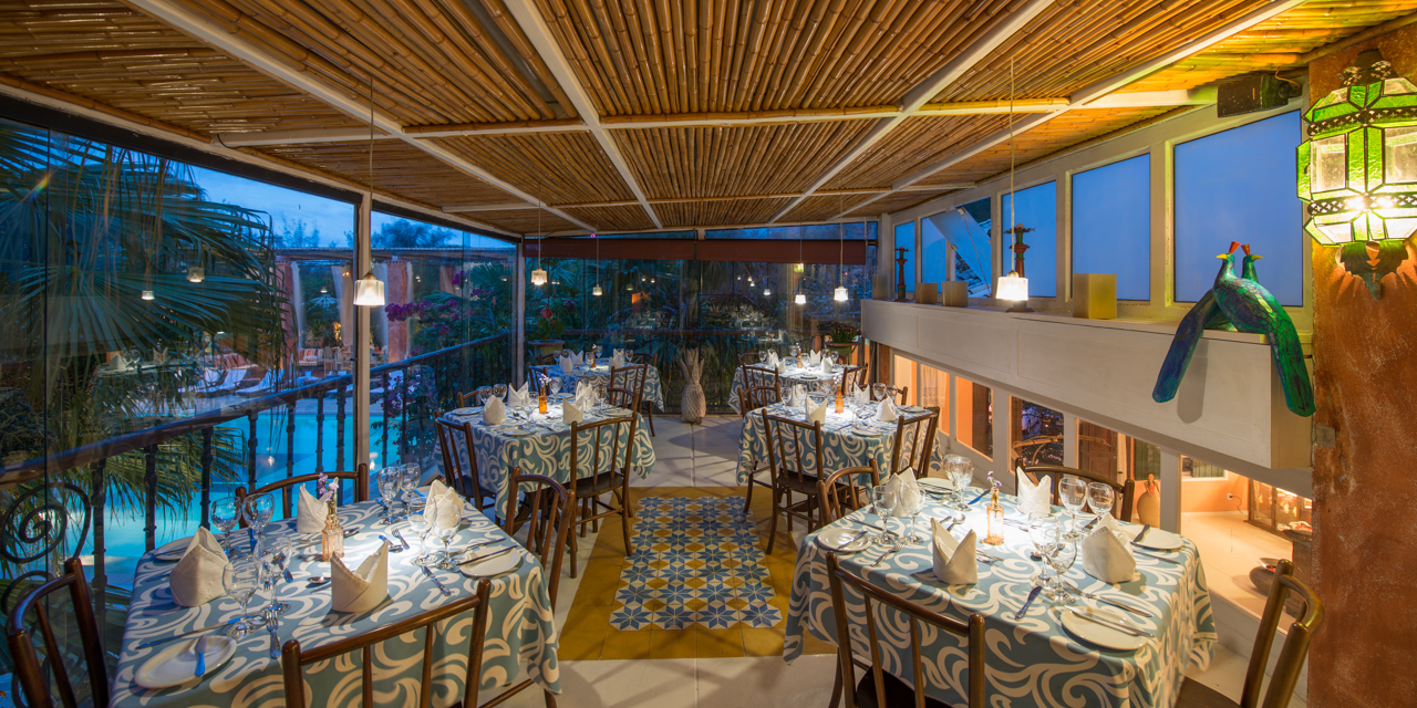 Pedra da Laguna restaurant- Marcelo Isola