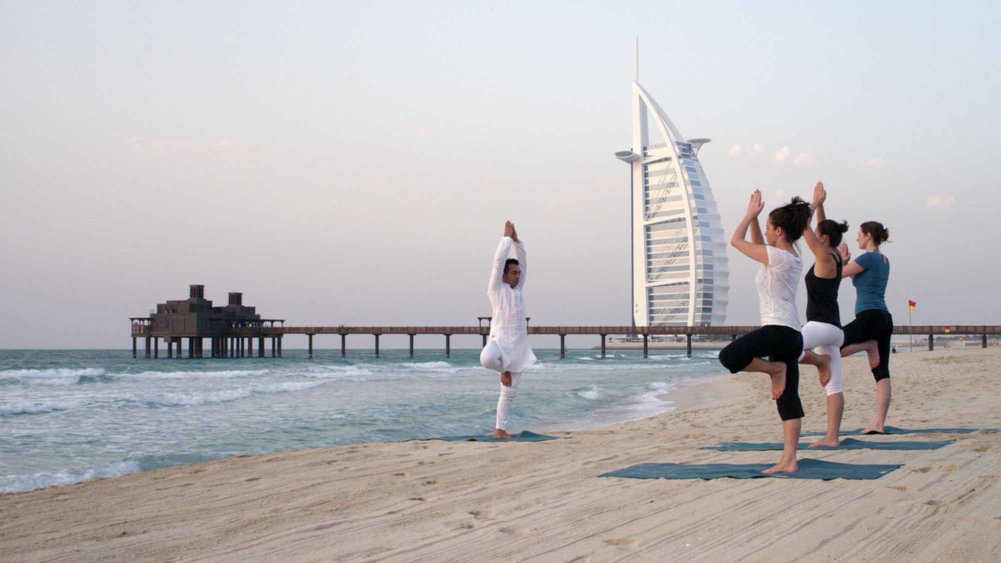Madinat Jumeirah - Talise Spa - yoga on the beach