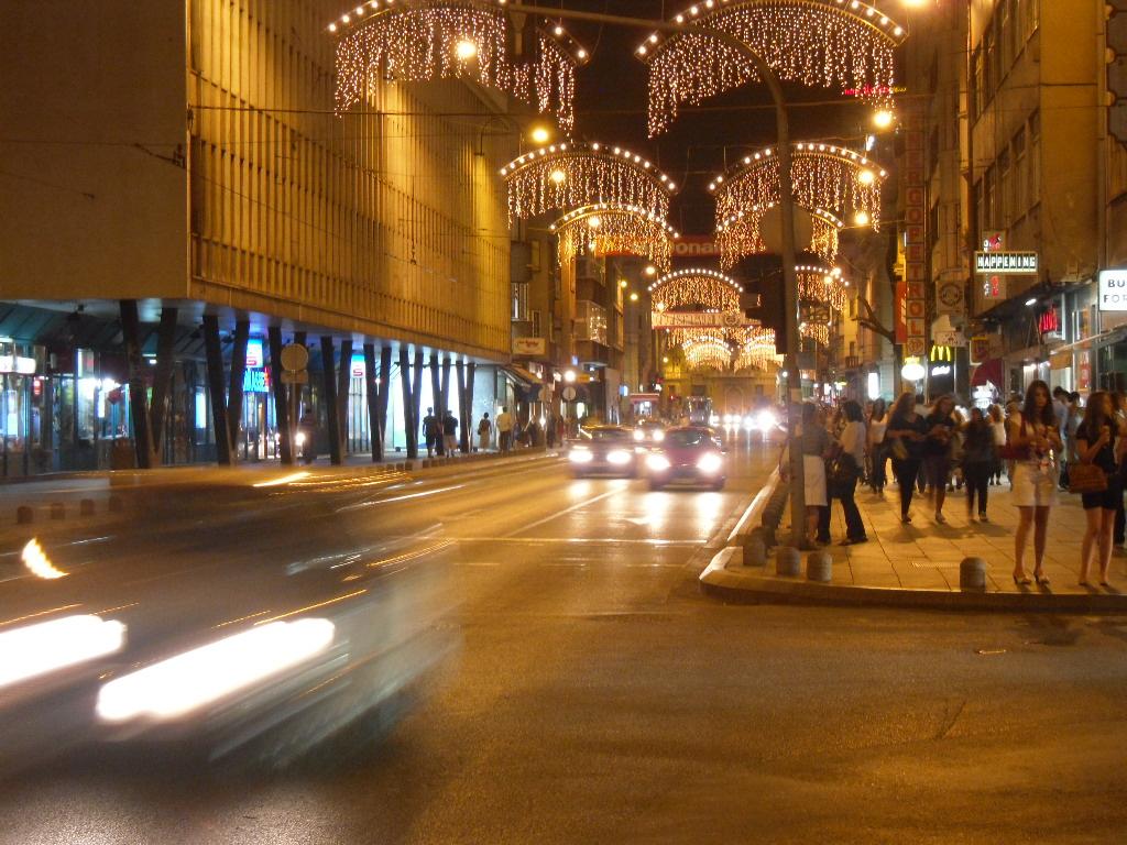 Sarajevo_by_night