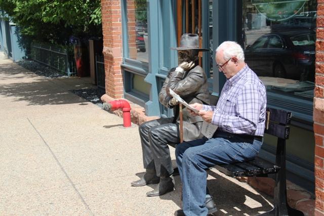 Aspen paper reader