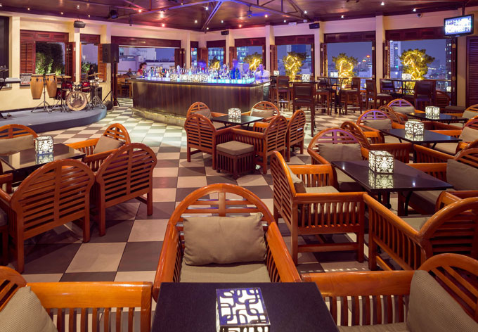 680x472-Saigon-Saigon-Bar-01