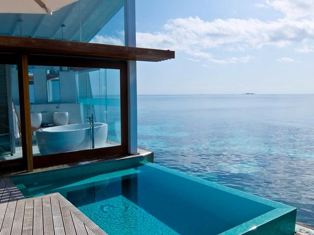 Kandolhu Ocean Villa w pool
