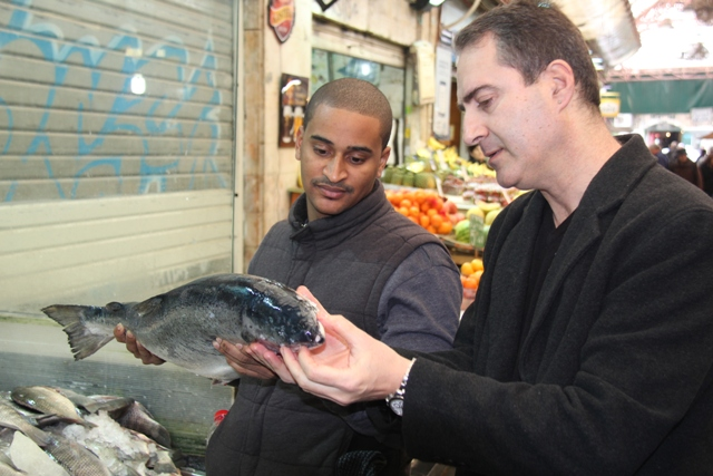 chefs in market