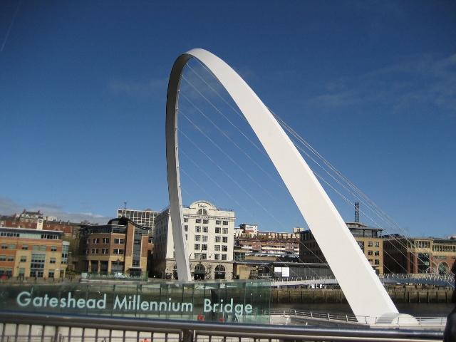 IMG_4903Gateshead Millenuim Bridge