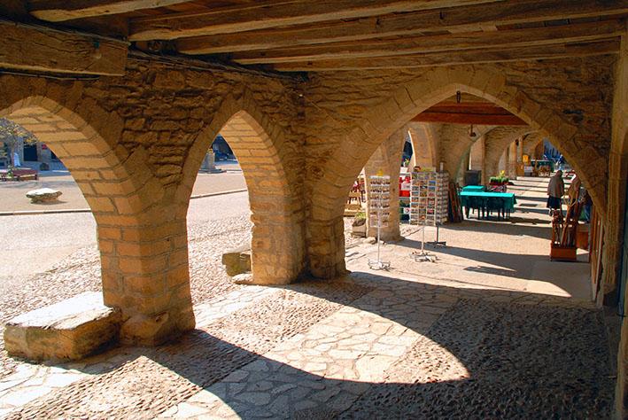 DSC_0011 Sauveterre, arcades