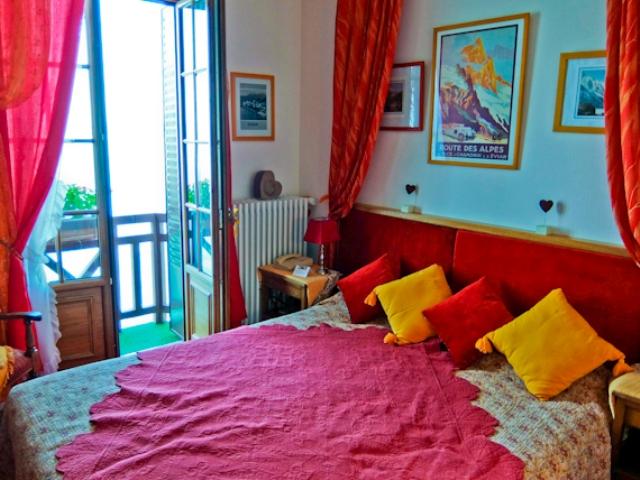 Hotel Les Cygnes Room