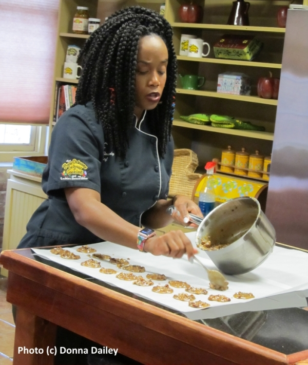 New_Orleans_School_of_Cooking_3_Chef_Toya_Boudy_making_pralines