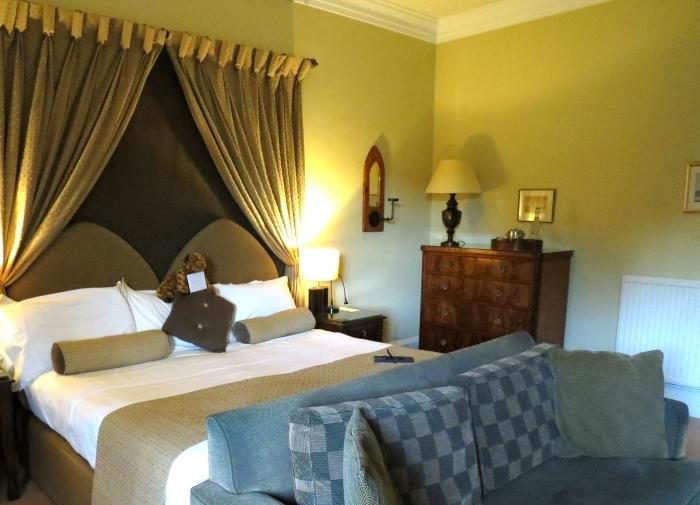 swinton_park_luxury_castle_hotel_in_yorkshire_6_bedroom