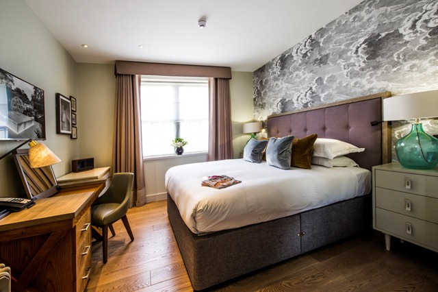 1-magnolia-bedroom